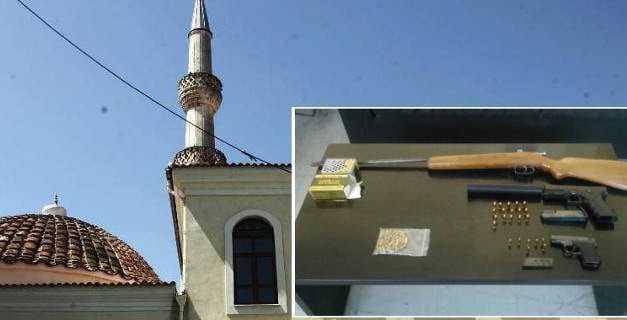 Τελικά ποιος και γιατί  έκρυψε τα όπλα στο τζαμί της Ηλιόπετρας; Πόσο «καθαρά» ήταν τα όπλα;