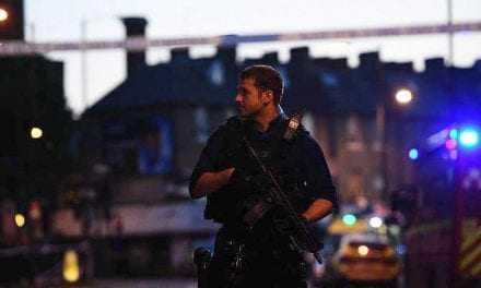 Ένας νεκρός και 10 τραυματίες, από επίθεση με βαν κοντά σε τέμενος του Βόρειου Λονδίνου