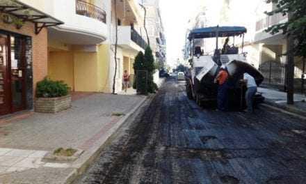 Εργασίες ασφαλτόστρωσης στην οδό Ζαλόγγου και στην οδό Πατριάρχου Γρηγορίου Ε'