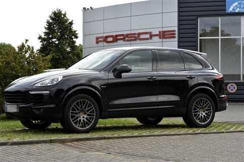 Ανακαλούνται στη Γερμανία 22.000 Porsche που έφεραν παράνομο λογισμικό
