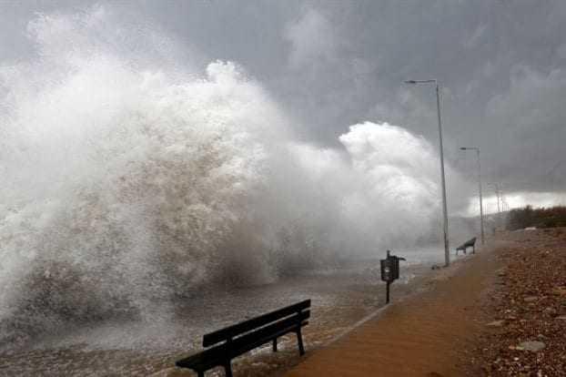 Θυελλώδεις άνεμοι στην θαλάσσια περιοχή του Πόρτο Λάγος