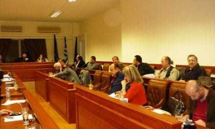Βολές αντιπολίτευσης στον πρόεδρο του Δημοτικού Συμβουλίου