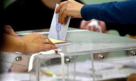 Εκλογές μέσα στο 2017 «βλέπει» ο Βασίλης Λεβέντης