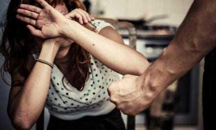 Θράκη: Στρατιωτικός έσωσε γυναίκα από ξυλοδαρμό