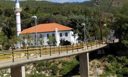 Ο Δήμος Ξάνθης μετέφερε τον κίνδυνο από την πεζογέφυρα στην γέφυρα