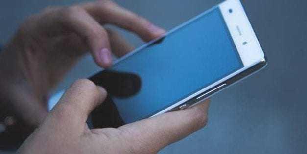 Προσοχή σε εισερχόμενες κλήσεις και sms με αριθμούς από το εξωτερικό -Τηλεφωνούν από Μαλδίβες και Βοσνία