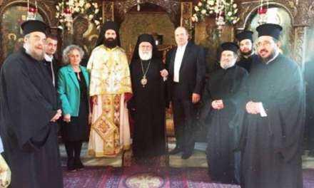 «Άξιος». Χειροτονήθηκε ο Ιεροδιάκονος πατέρας Μιχαήλ Κυριακίδης και του δόθηκε το οφφίκιο του Αρχιμανδρίτου