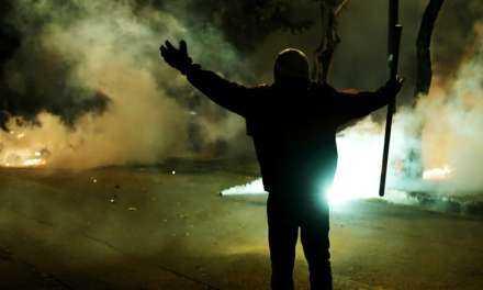 «Αριστερίστικες» εντολές Τόσκα προς τους Αστυνομικούς