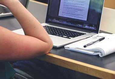 ΞΑΝΘΗ: Σύλληψη για διαδικτυακή πώληση προϊόντων. 1,5 εκ. απώλεια εσόδων για το κράτος