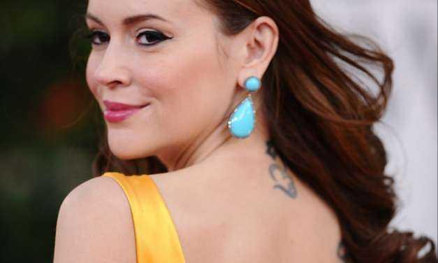 H 45χρονη Alyssa Milano ποζάρει με μπικίνι και εντυπωσιάζει το Instagram