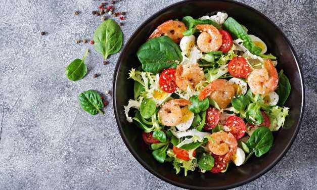 Σαλάτα με γαρίδες –  Δροσερή και νόστιμη επιλογή
