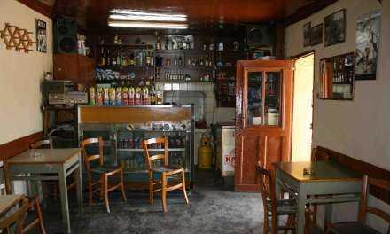 Η… κατάσχεση της … «καρέκλας» … καφενείου
