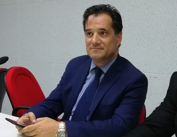 Άδωνις Γεωργιάδης: Μας μπέρδεψε γιατί μπερδεύτηκε; Ή συμβαίνει κάτι άλλο;