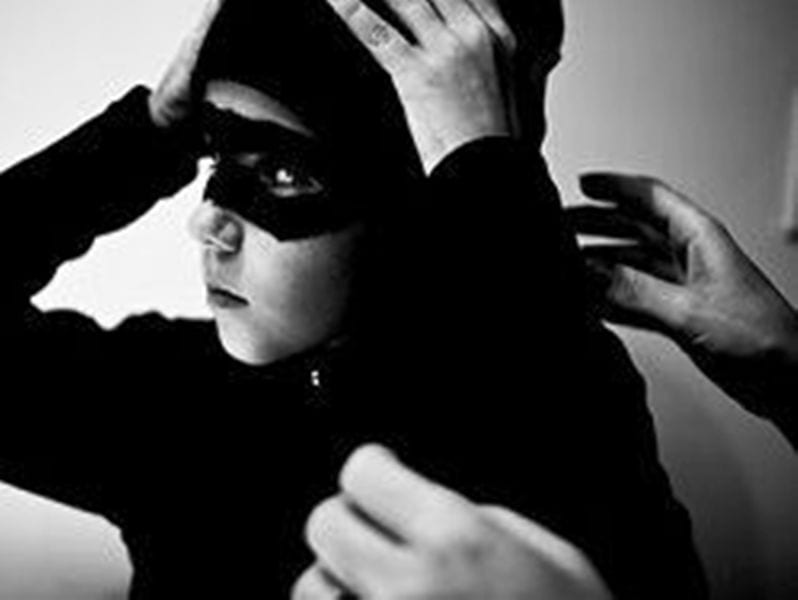 Ανήλικος με 6 διαρρήξεις στο ενεργητικό του. Κατηγορίες για παραμέληση