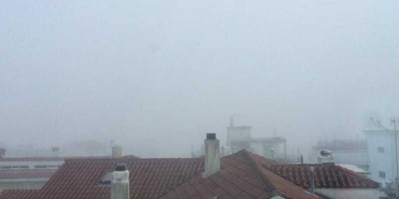 Σε πέπλο ομίχλης τα Γιάννινα..