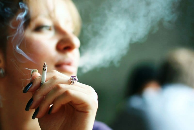 Κάπνισμα. Εφαρμογή του νόμου α λα καρτ