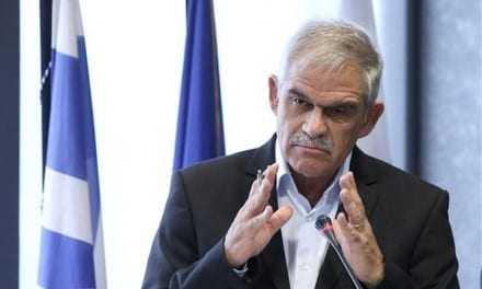 Μπορούμε και μεις να καταγγείλουμε παρανόμους κ. Τόσκα. Εσείς όμως μπορείτε να τους συλλάβετε. Για αυτό σας πληρώνει ο Ελληνικός Λαός.