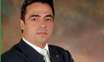 Δ. Κωνσταντόπουλος: Στερείτε σοβαρότητας ο κ. Φίλης