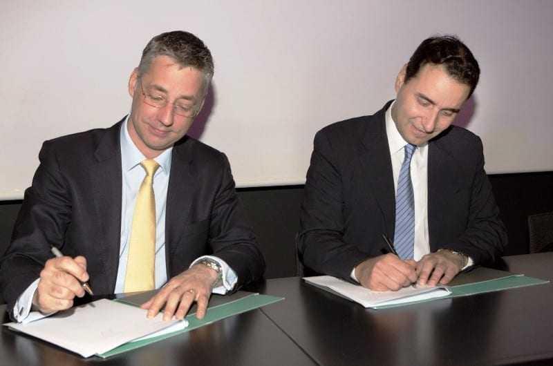 Στιγμιότυπο από την κοινή Συνέντευξη Τύπου. Από αριστερά ο Country  Manager Greece του Διαδριατικού Αγωγού Φυσικού Αερίου (TAP), κ. Rikard Scoufias και δεξιά ο Πρόεδρος του Δικτύου Κοινωνικής Αλληλεγγύης και Αρωγής, κος. Νικόλαος Πέντζος