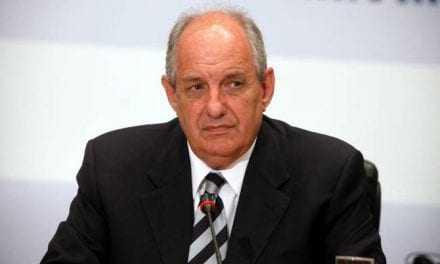 Δεν ζήτησε την παραίτηση του κ. Ζειμπέκ