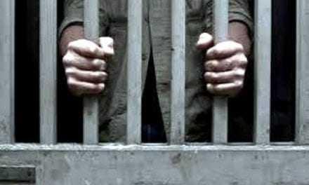 """""""Φυλακίζετε γέροντες και ανάπηρους συμπολίτες μας"""". Σκληρή κριτική στον Δήμαρχο από τον Ι. Καμαρίδη"""