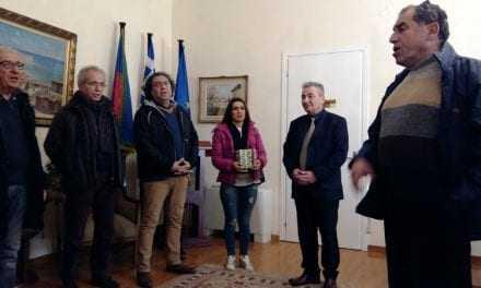 Κάλαντα στόν Δήμαρχο από την Αρμένικη Κοινότητα της Ξάνθης