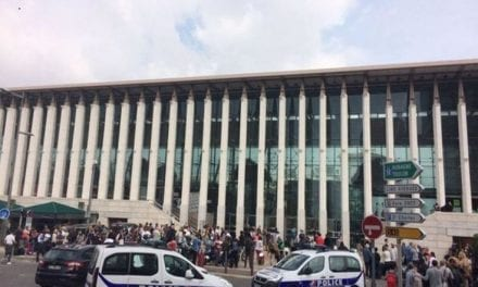 Επίθεση με μαχαίρι στην Μασαλία. Νεκρός ο τρομοκράτης