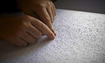 Μαθήματα γραφής BRALLE από την Ένωση τυφλών Θράκης