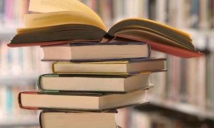 """Βιβλία """"Μαϊμού"""" στην αγορά της Κομοτηνής"""