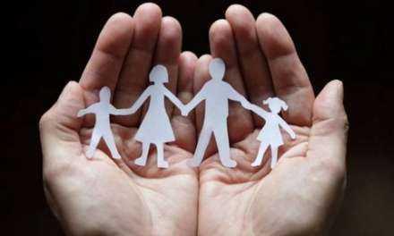 Το ζητούμενο δεν είναι κάποιος να είναι ΤΕΛΕΙΟΣ γονιός, αλλά ΥΠΕΥΘΥΝΟΣ γονιός.