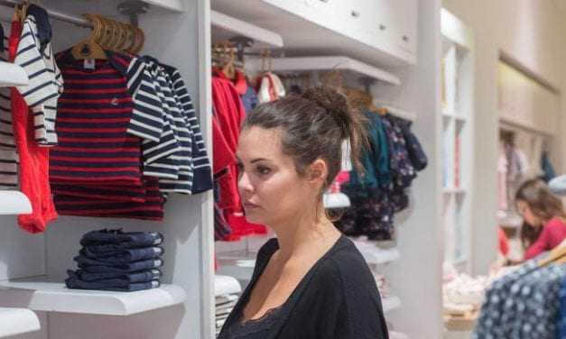 Σεξουαλική επίθεση δέχθηκε η Μαρία Κορινθίου – Άγνωστος προσπάθησε να της  κατεβάσει το παντελόνι 051580b86bc