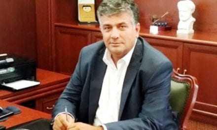 Ζαγναφέρης: «Ο Πέτροβιτς είναι αριβίστας …είναι «λαγός» του Μέτιου». Ο ίδιος τι θα κάνει;