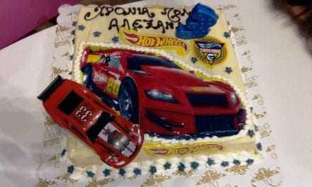 Μία υπέροχη τούρτα γενεθλίων από το ζαχαροπλαστείο το «ΚΑΤΙ ΑΛΛΟ» στα τρίτα γενέθλια του Αλέξανδρου junior Ευχαριστούμε ΣΤΕΛΙΟ ΑΡΣΕΝΙΟΥ