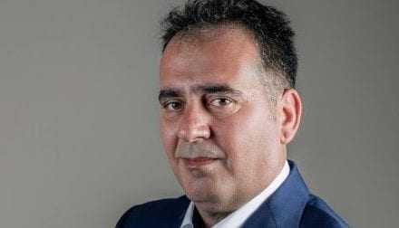 Γιατί να εξουσιοδοτηθεί ο βουλευτής Σπύρος Τισλιγγίρης; Δεν είναι υποχρέωσή του;