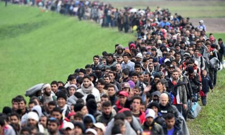 To κυβερνητικό σχέδιο για το προσφυγικό: «Τέλος» η Μόρια, κλειστά κέντρα σε πέντε νησιά
