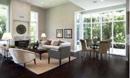 Πώς το μεγάλο σαλόνι μας θα φανεί «γεμάτο»;
