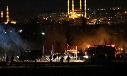 Οι Έλληνες είναι έτοιμοι για όλα στον Έβρο. Ακούγονταν ριπές αυτομάτων όπλων την νύχτα στο ποτάμι σύμβολο της Ελευθερίας