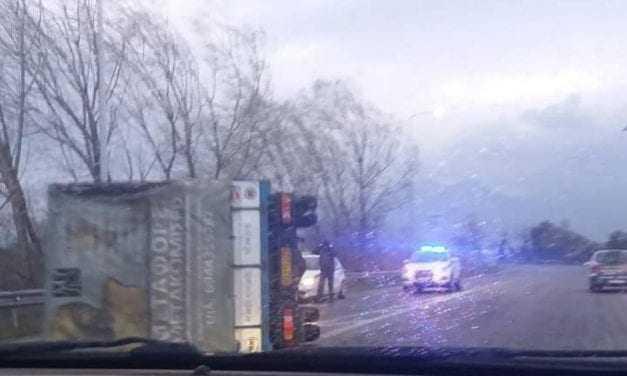Ανατροπές φορτηγών στην Εγνατία. Ποιος φταίει;