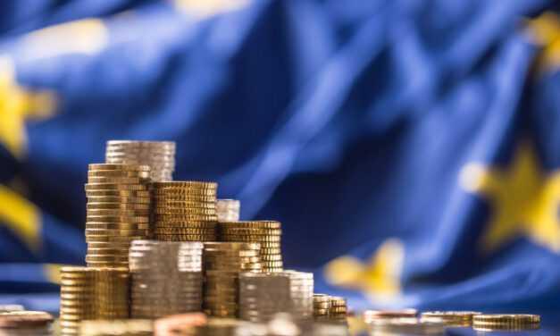 «Ελλάδα 2.0»: Και με υπογραφή τα πρώτα 13,5 δισ. ευρώ