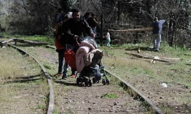 Δεν επαναπροωθεί ο κ. Μηταράκης στην Βουλγαρία όσους λαθρομετανάστες έρχονται από εκείνη την πλευρά των συνόρων  ΔΥΣΤΥΧΩΣ ΟΠΟΙΟΣ ΛΑΘΡΟΜΕΤΑΝΑΣΤΗΣ ΕΡΧΕΤΑΙ ΣΤΗΝ ΕΛΛΑΔΑ ΜΕΝΕΙ ΚΑΙ ΜΕ ΚΥΒΕΡΝΗΣΗ ΜΗΤΣΟΤΑΚΗ